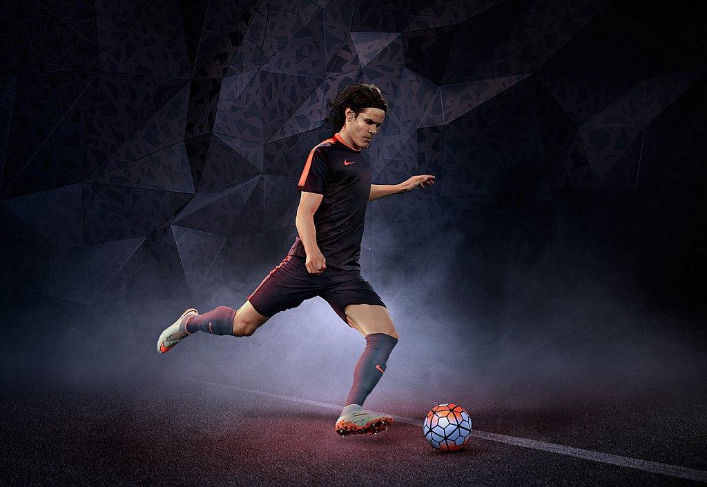 Nike Cavani